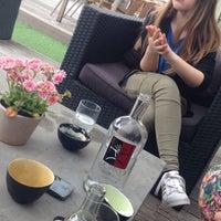 Photo taken at Restaurant 't Raadsel by Zoë V. on 5/21/2016
