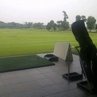 10/22/2012 tarihinde Rizantiziyaretçi tarafından Royale Jakarta Golf Club'de çekilen fotoğraf