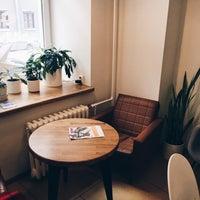 Das Foto wurde bei Smena Cafe von Margarita P. am 2/6/2018 aufgenommen