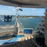 Photo taken at Royal Caribbean Oasis of the Seas by Tati V. on 4/27/2013