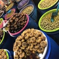 Photo taken at Mahmudabad Fruit Market | بازار روز محمود آباد by Asal A. on 10/2/2017