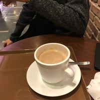 Photo taken at St. Marc Café by 冷た~いホット on 4/11/2018