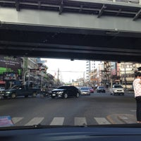 Photo taken at Khlong Tan Intersection by maa-meOw* on 5/10/2013