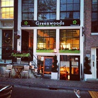 Photo taken at Greenwoods Keizersgracht by Tom P. on 10/20/2012