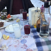 Photo taken at ceviz altı kendin pişir kendinye by Ethem Y. on 1/28/2018