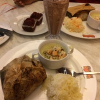 Photo taken at Kenny Rogers Roasters by Alia N. on 2/5/2017