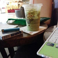 Photo taken at J.Co Donuts & Coffee by Martin D. on 11/21/2013