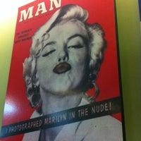 Photo taken at Eddie Fine Burgers by Ivo Barreto R. on 11/17/2012