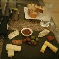 Photo taken at Fyve Restaurant & Lounge by Deniz M. on 8/30/2016