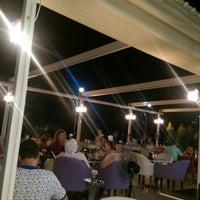 Foto scattata a strand cafe da Yılmaz T. il 7/15/2016