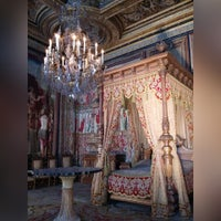 Photo taken at Fontainebleau by Элина Р. on 8/2/2015