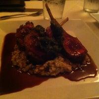 Photo prise au K Restaurant and Wine Bar par Ivette P. le5/8/2013