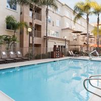 Photo taken at Hyatt House San Diego/Sorrento Mesa by Hyatt House San Diego/Sorrento Mesa on 8/3/2015