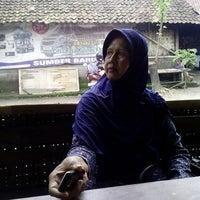 Photo taken at Sate Kambing Pak Syamsuri by Ayu I. on 1/31/2014