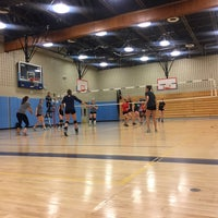 Das Foto wurde bei Brandeis High School von AWoww am 11/3/2016 aufgenommen