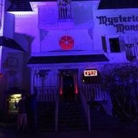 Das Foto wurde bei Mysterious Mansion von Doug G. am 3/19/2015 aufgenommen