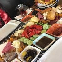 8/5/2018 tarihinde Hülya M.ziyaretçi tarafından The Port Cafe'de çekilen fotoğraf