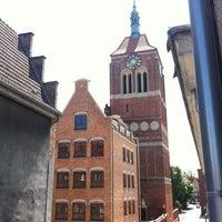 Photo taken at Dom Aktora by Helen T. on 6/8/2013