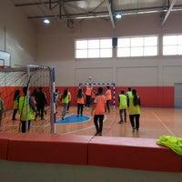 12/18/2015 tarihinde Eylem T.ziyaretçi tarafından Ayvacık Fen Lisesi Spor Salonu'de çekilen fotoğraf
