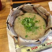 Photo taken at らーめん辰弥 野田店 by マツモトスイッチ on 5/6/2016