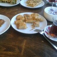 9/24/2016 tarihinde Işıl K.ziyaretçi tarafından Sini ev Böreği&Baklava'de çekilen fotoğraf