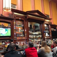 Foto scattata a Ri Ra Irish Pub and Restaurant da Chris G. il 2/23/2013