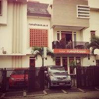 Photo taken at Rumah Tawa Hotel by Yofie S. on 8/11/2013