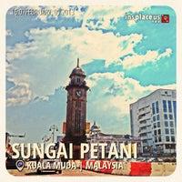 Photo taken at Dataran Jam Besar Sungai Petani by Firdaus A. on 2/9/2013