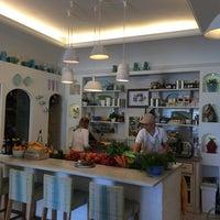 7/2/2014 tarihinde Tammy C.ziyaretçi tarafından Casa e Bottega'de çekilen fotoğraf