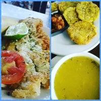 Foto tomada en Restaurante El Paraiso por ajit el 12/28/2015