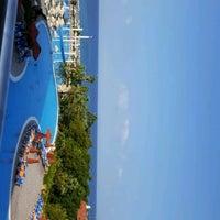 Photo taken at VIP Pool   Starlight Resort by Alireza A. on 9/8/2017