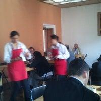 Photo taken at La cocina de sus Mercedes by Leonardo I. on 3/13/2013