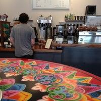Foto scattata a Barrington Coffee Roasting Company da Johnny V. il 7/5/2013