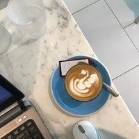 7/16/2017 tarihinde Nares V.ziyaretçi tarafından Kaizen Coffee Co.'de çekilen fotoğraf