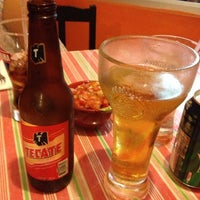 Снимок сделан в La Mexicanita пользователем Tayra B. 10/15/2012