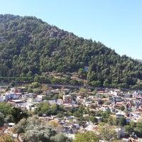 Photo taken at Mevlana aile çay bahçesi by Akın .. on 10/15/2017