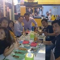 Photo taken at Somtum+plus @สวนพลู by Tmaxx P. on 8/19/2014