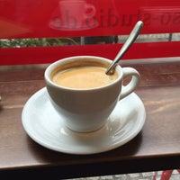 Das Foto wurde bei Kessel's Espresso Studio von Emre D. am 8/2/2016 aufgenommen