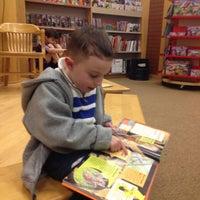 Photo taken at Barnes & Noble by Carmen V. on 4/14/2013