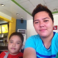 Photo taken at Jollibee by Bokbok S. on 3/14/2013