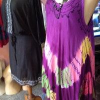 Photo taken at ร้านคุณสุ เสื้อผ้าต่อ ผ้าเนปาล by Grape B. on 10/4/2012