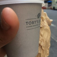 Foto scattata a Toby's Estate Coffee da Murtada E. il 6/22/2017