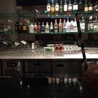 Photo taken at Met Bar by SSK on 11/7/2017