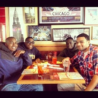 Photo taken at Red Robin Gourmet Burgers by Stephen Christopher N. on 10/20/2012