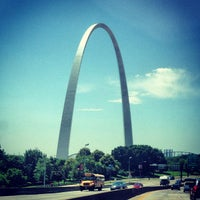 Photo taken at Gateway Arch by j on 6/12/2013