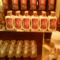 Photo taken at Bath & Body Works by Vladimir M. on 10/14/2012
