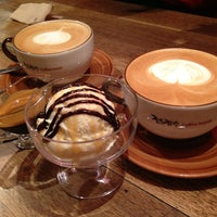 Photo taken at 전광수 Coffee House by Jinah K. on 3/13/2013
