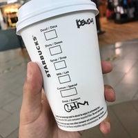 Photo taken at Starbucks by タケミツアン on 10/5/2016