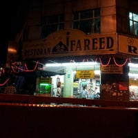 Photo taken at Restoran Fareed by faridatul zahara m. on 7/11/2013