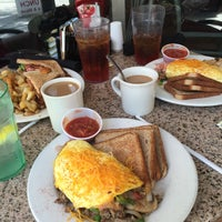 Photo taken at Spot Of Tea by Caitlyn A. on 8/30/2015